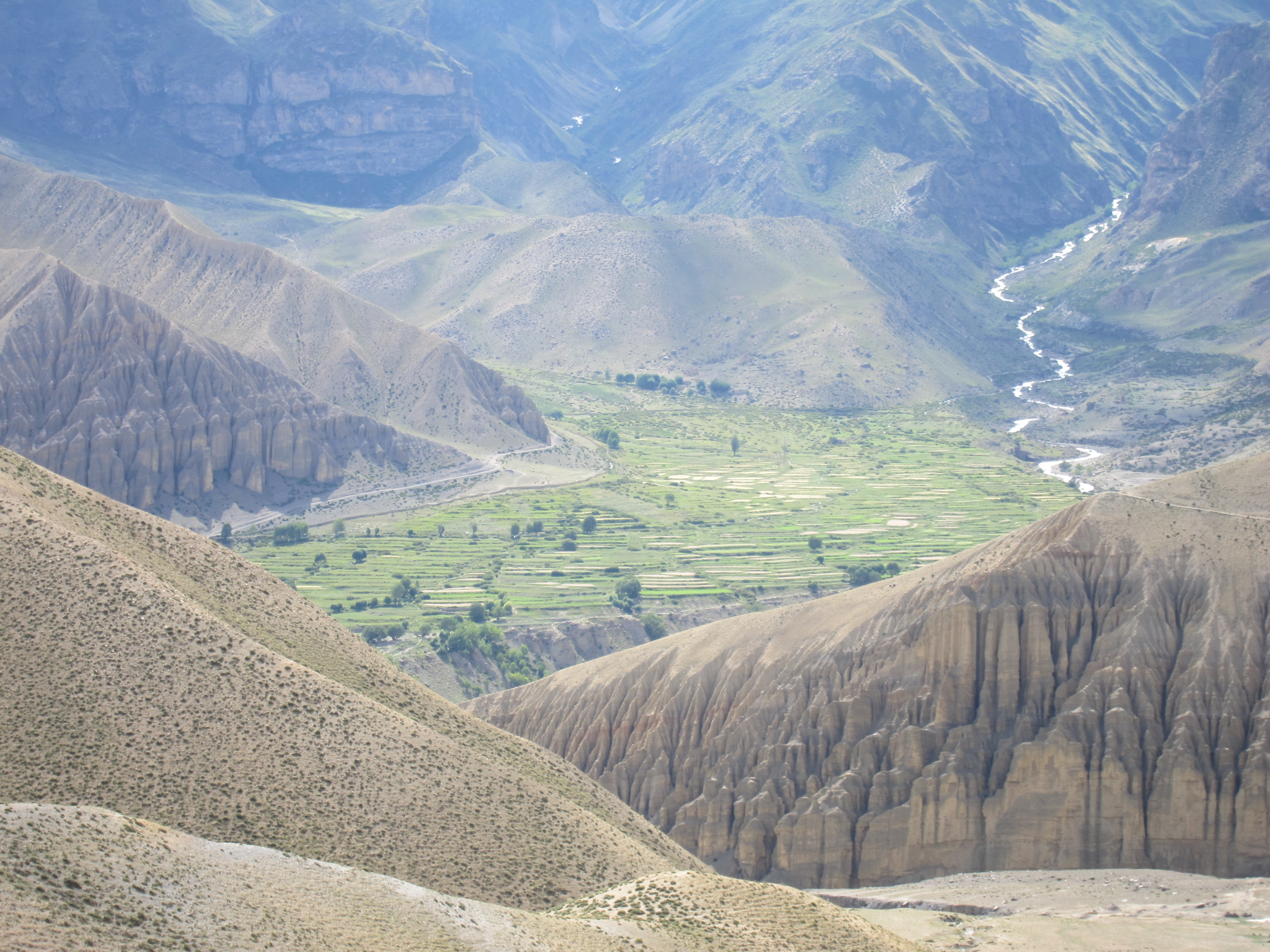 trekking to upper mustang